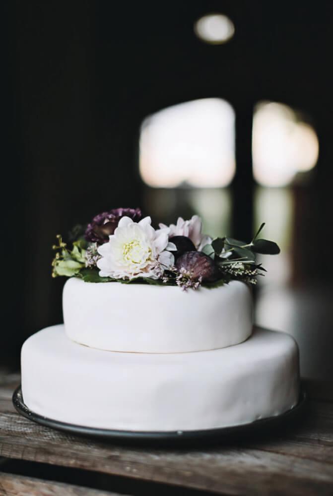 Enkel og fin bryllupskage